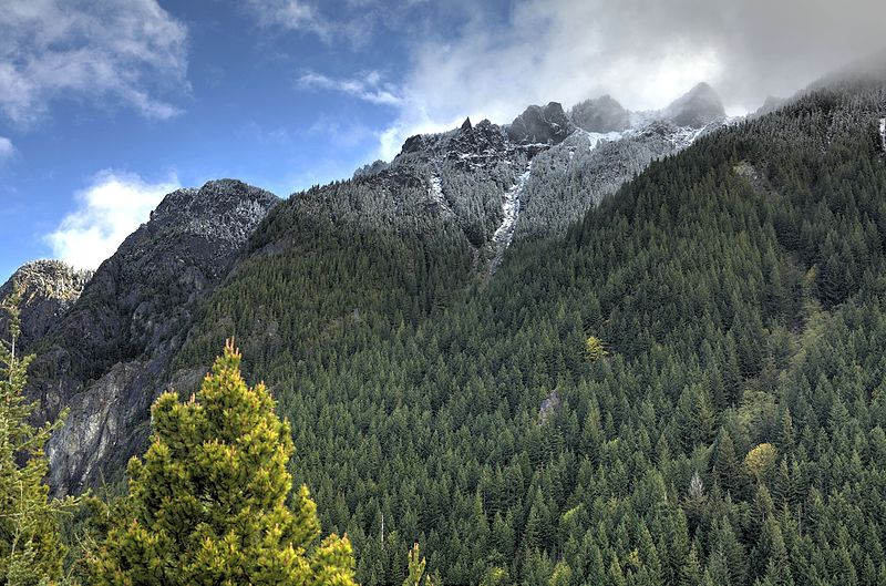 hikes outside of seattle - Snoqualmie Pass